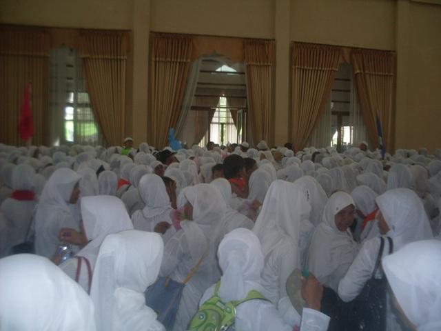 suasana di aula Islamic Center